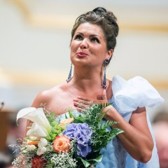 Анна Нетребко возглавила рейтинг Forbes среди российских музыкантов