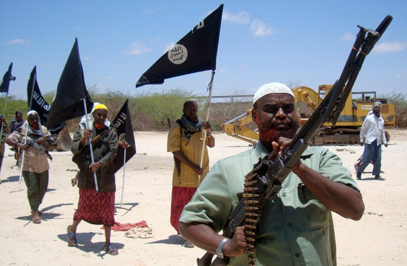 """انشقاق """"أبو منصور"""" يصدّع جدار حركة """"الشباب"""" الصومالية"""
