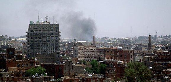 В Йемене около 30 человек погибли при авиаударе коалиции по отелю