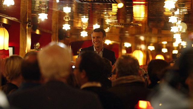 В Париже ограбили ресторан, где Макрон праздновал выход во II тур выборов