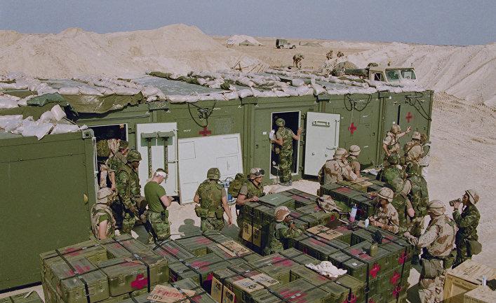 """Начало операции """"Буря в пустыне"""", установка полевого госпиталя"""