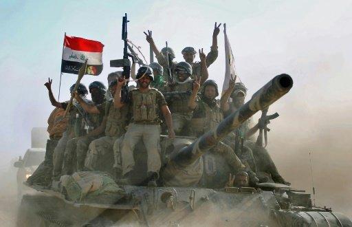 القوات العراقية تتقدم باتجاه وسط تلعفر أحد آخر معاقل تنظيم الدولة الإسلامية