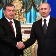 Президент России поздравил жителей Узбекистана с Днем Независимости