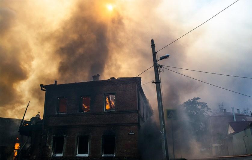 Более 560 человек лишились имущества из-за пожара в Ростове-на-Дону