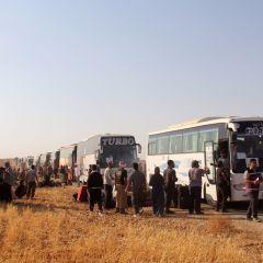 Из ливанского Арсаля возобновилась эвакуация боевиков-исламистов