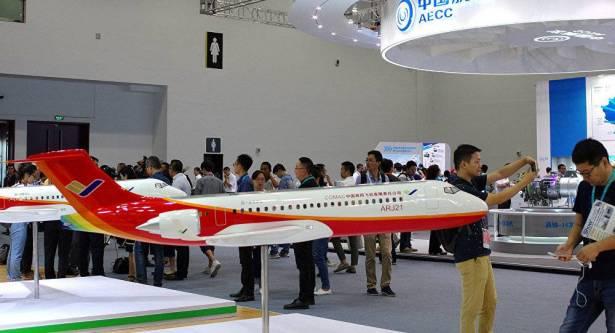 أول رحلة لطائرة الركاب الروسية الصينية الكبيرة في مطلع 2025