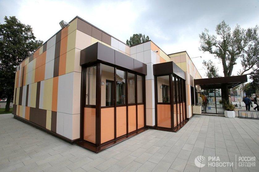 Балконы типового дома, предназначенного для переселения по программе реновации.