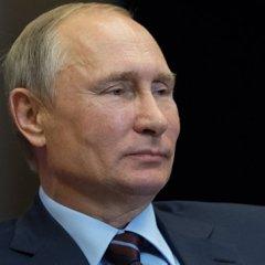 Опрос: около 70% россиян хотят видеть Путина президентом после 2018 года