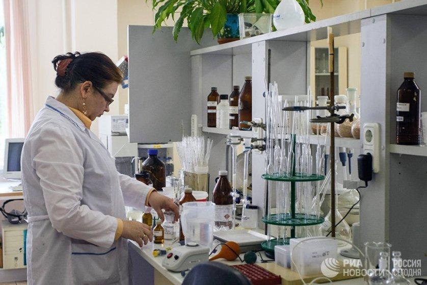 """В испытательной лаборатории """"Петербург - Экспертиза"""" Центра контроля качества товаров (продукции) работ и услуг"""