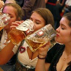 """""""مهرجان أكتوبر"""": عطلة """"البيرة"""" في ميونيخ"""