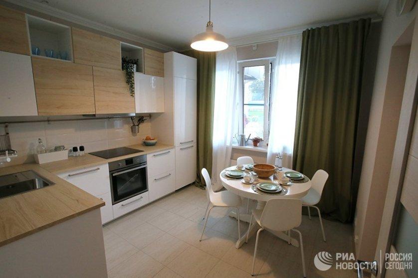 Кухня типовой 3-комнатной квартиры, предназначенной для переселения по программе реновации.