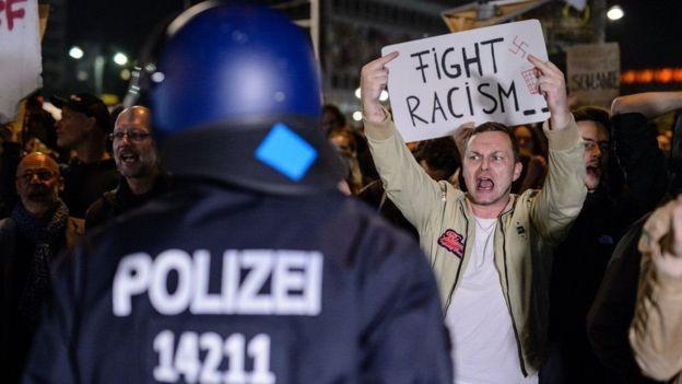 """انتخابات ألمانيا: حزب """"البديل من أجل ألمانيا"""" يتعهد بمكافحة """"غزو الأجانب"""""""