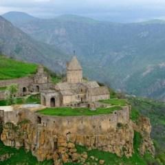 Туризм может стать опорой армянской экономики — министр туризма Ливана