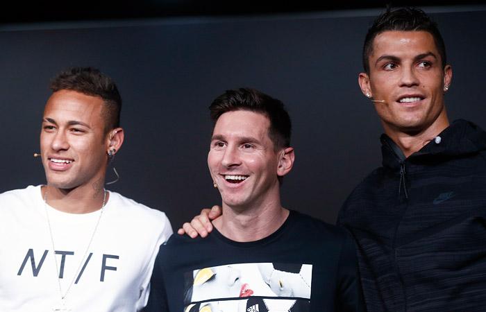 ФИФА назвала тройку претендентов на звание лучшего футболиста года