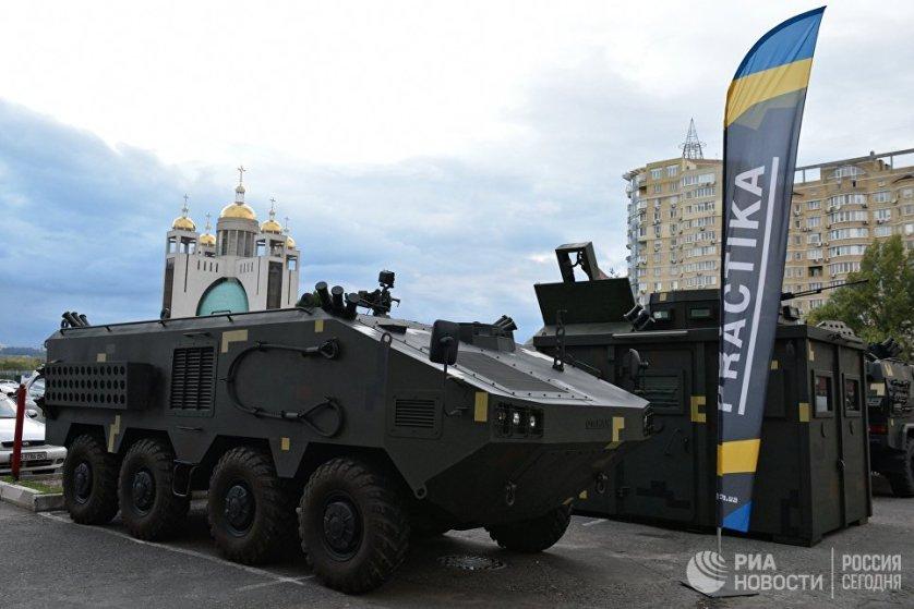 """Украинский бронетранспортер ОТАМАН 8х8 компании """"ПРАКТИКА"""" является радикальной модернизацией советских бронетранспортеров БТР-60 с новым бронекорпусом."""