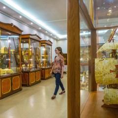 Изделия калининградских художников по янтарю представят на выставке в Лувре