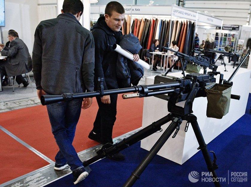 """Госконцерн """"Укроборонпром"""" на выставке представил более 150 образцов вооружения и военной техники."""