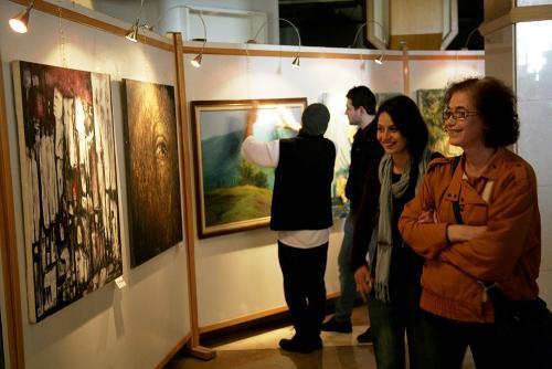 """الفنانة التشكيلية """"فدوى شهدا""""لـــ""""روسيا الآن"""": الحياة الفنية في سوريا اتخذت منحىً فكرياً جديداً خلال الحرب"""