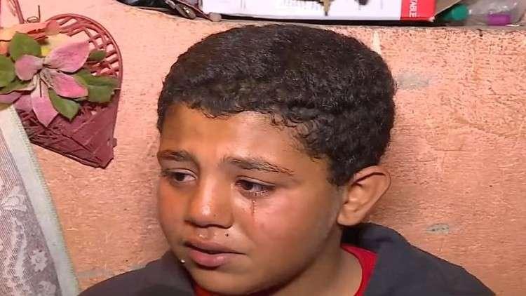 طفل مصري يعرض كليته للبيع بسبب جدته!