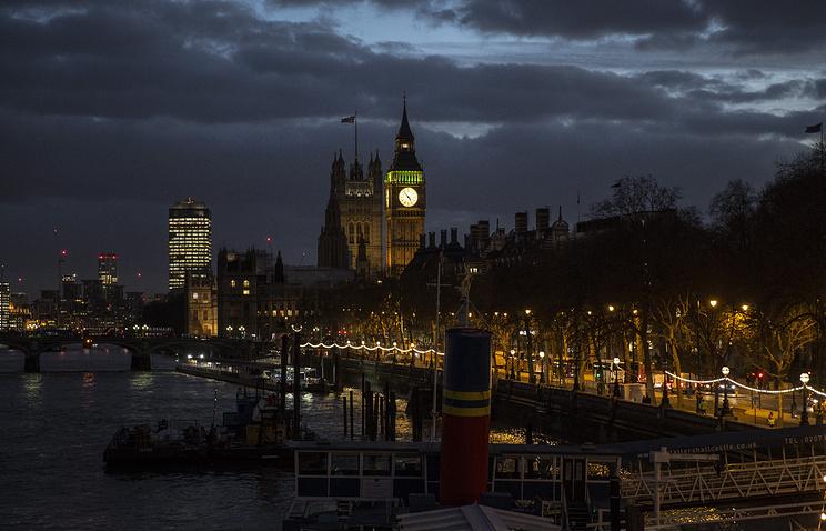 Часть британской Палаты лордов выступила за расширение диалога с Россией