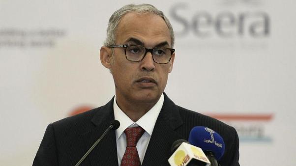 محافظ المركزي البحريني: النمو قد يتسارع لكن حذار من العجز