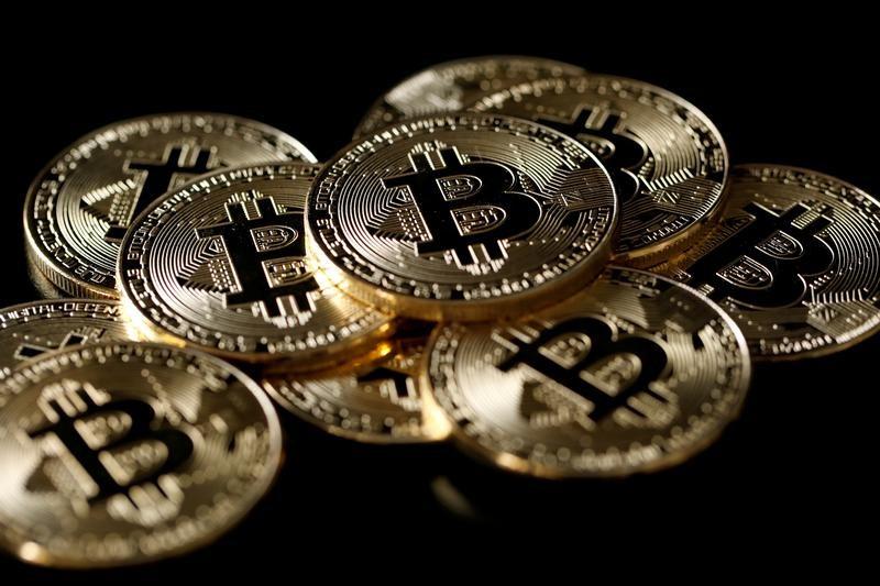 إصابة مواقع أمريكية وبريطانية بفيروس لتعدين العملات الرقمية