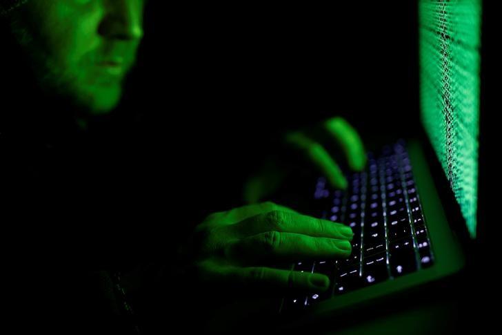 إف.بي.آي: متسللون روس يخترقون مئات الآلاف من أجهزة توجيه البيانات