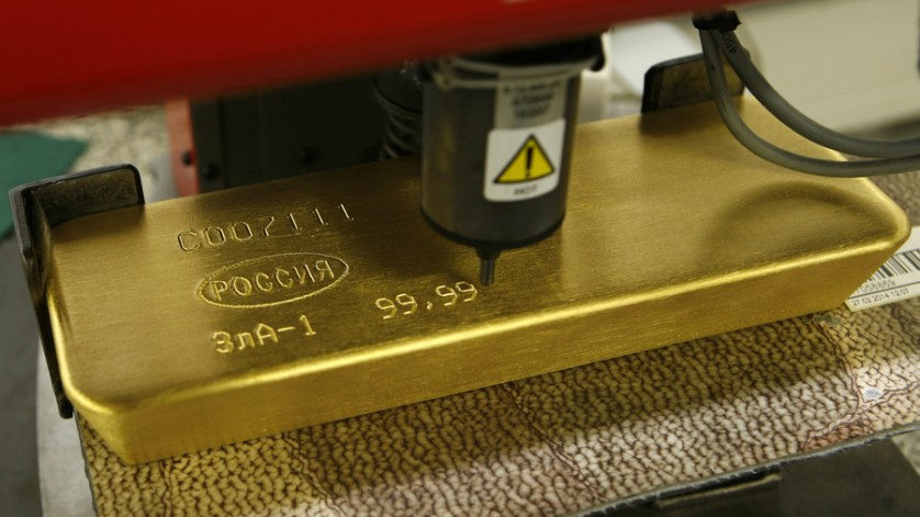 Russia's gold reserves approaching Stalin-era record, cutting dependence on US dollar