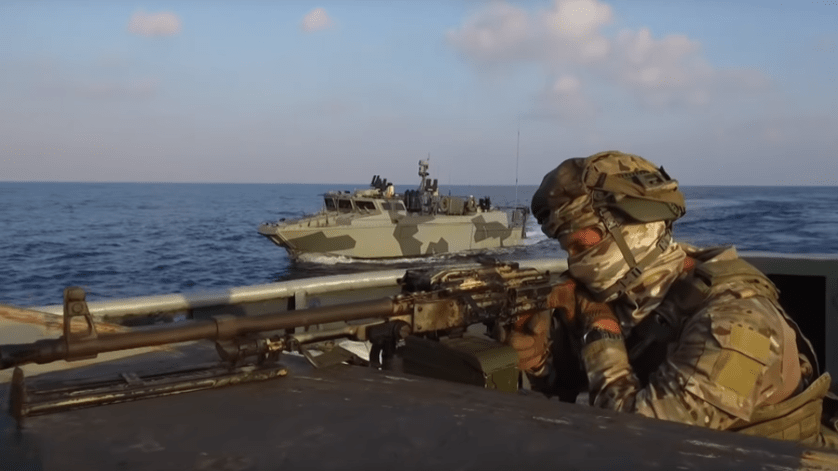 Russian marines land on Syrian shores in massive Mediterranean drills (VIDEOS)