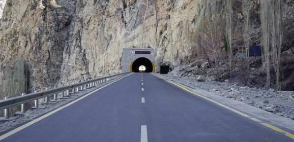 الطريق البري بين الصين وباكستان