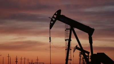 Global outages boost oil prices