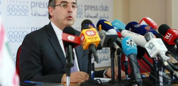 """مسؤول لبناني سابق يتحدث عن """"تهريب"""" 6 مليارات دولار من البنوك رغم القيود"""