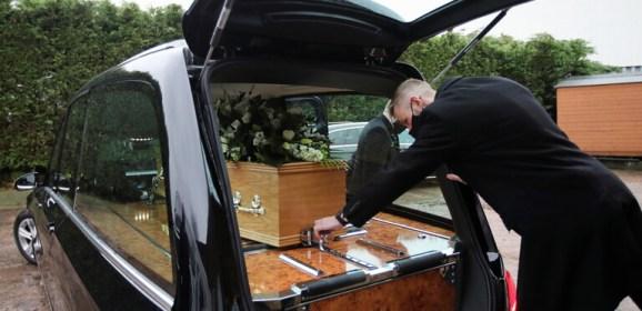 """النمسا.. خدمات الجنازة """"تنسى"""" رفع جثة رجل مسن توفي في شقته لمدة شهرين!"""