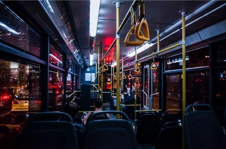 Verdi di moto russi senza prefisso: Andare in autobus e l