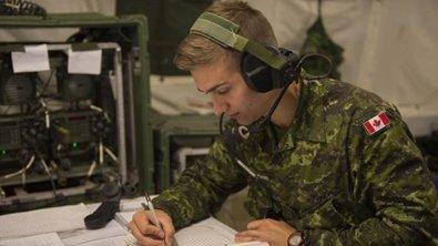Вооруженные силы Канады проводят учения на севере страны