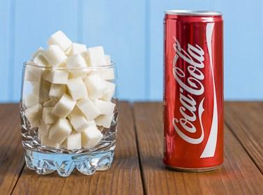"""Coca-Cola под микроскопом — факты, которые поставят точку в вопросе: """"Пить или не пить?"""