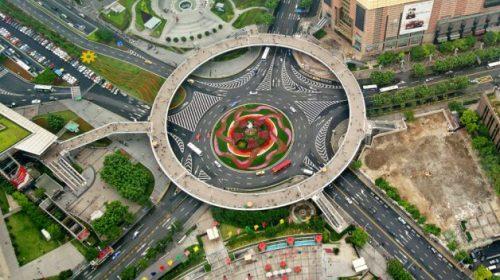 Пешком над землей: Как развивается самый молодой район Шанхая