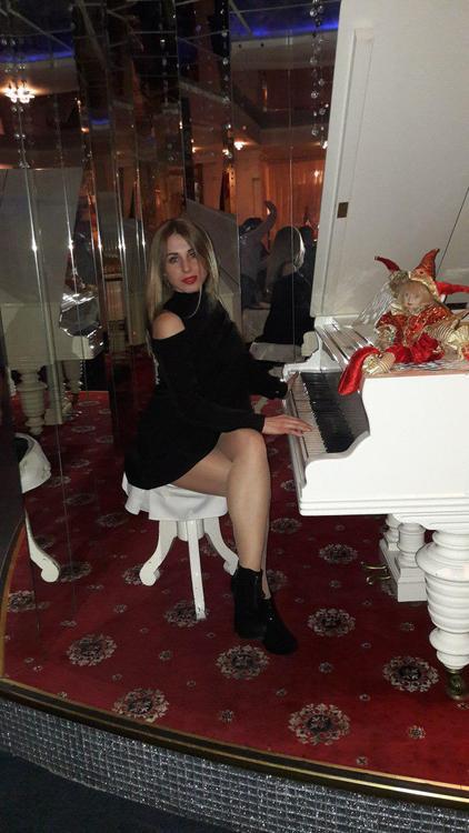 Kate russian bridesmaids