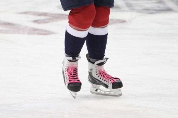 HockeyFightsCancerNight (3 of 10)