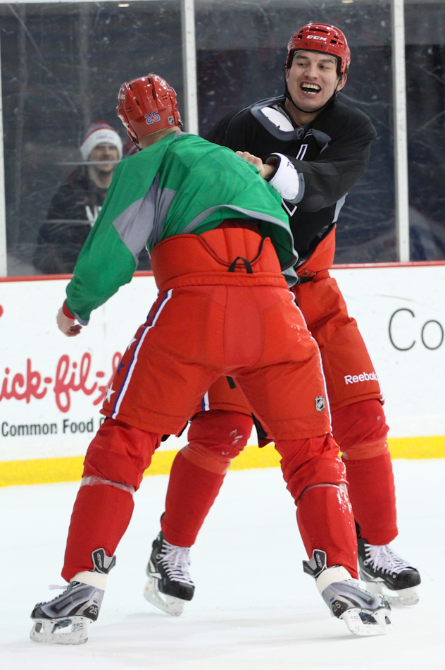 25d8e3c3a Capitals  Winter Classic Gear in Action