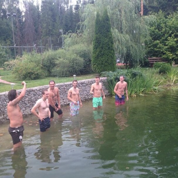 alex-ovechkin-shirtless-lake