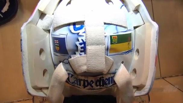 braden-holtby-new-mask-back