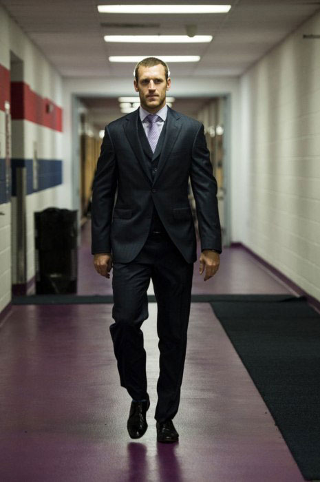 brooks-laich-suit