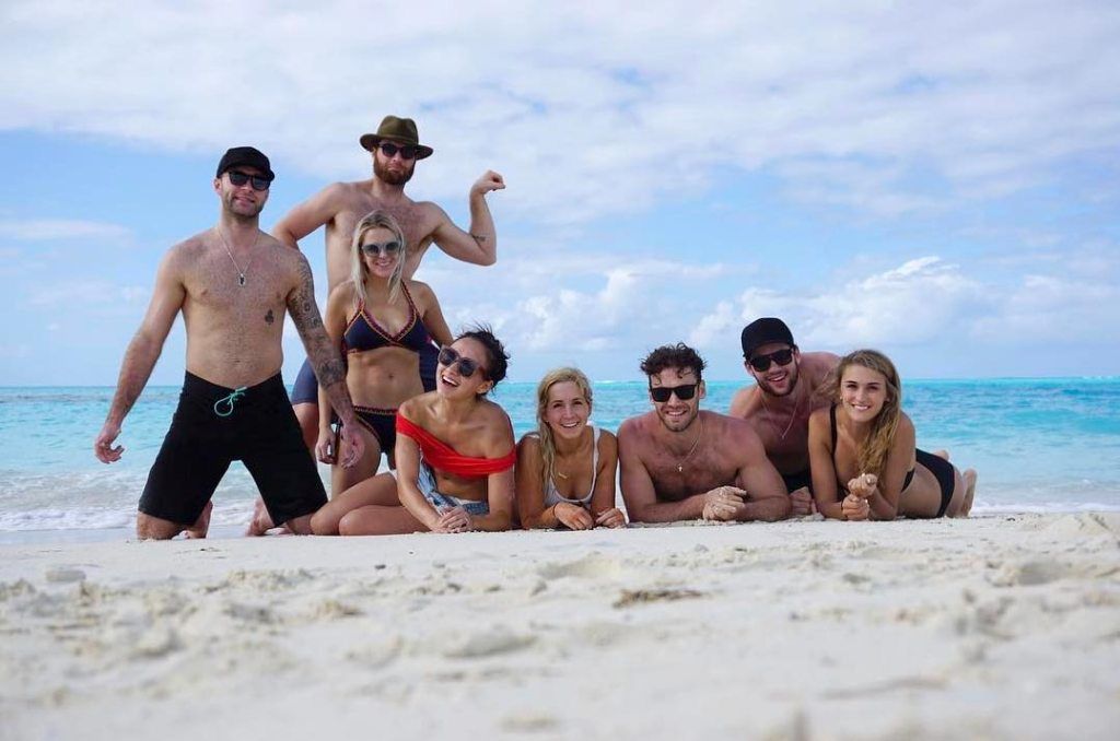 Braden Holtby Tom Wilson Taylor Chorney And Brett Connolly Are Vacationing Together In Turks And Caicos Rmnb