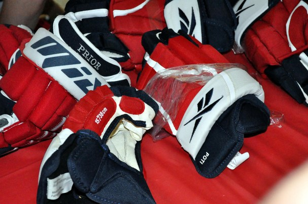 Caps Equipment Sale - Game Used Gloves