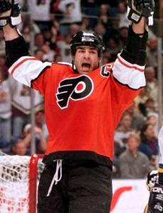 Oates compared The Ten Train to this former Flyers great.