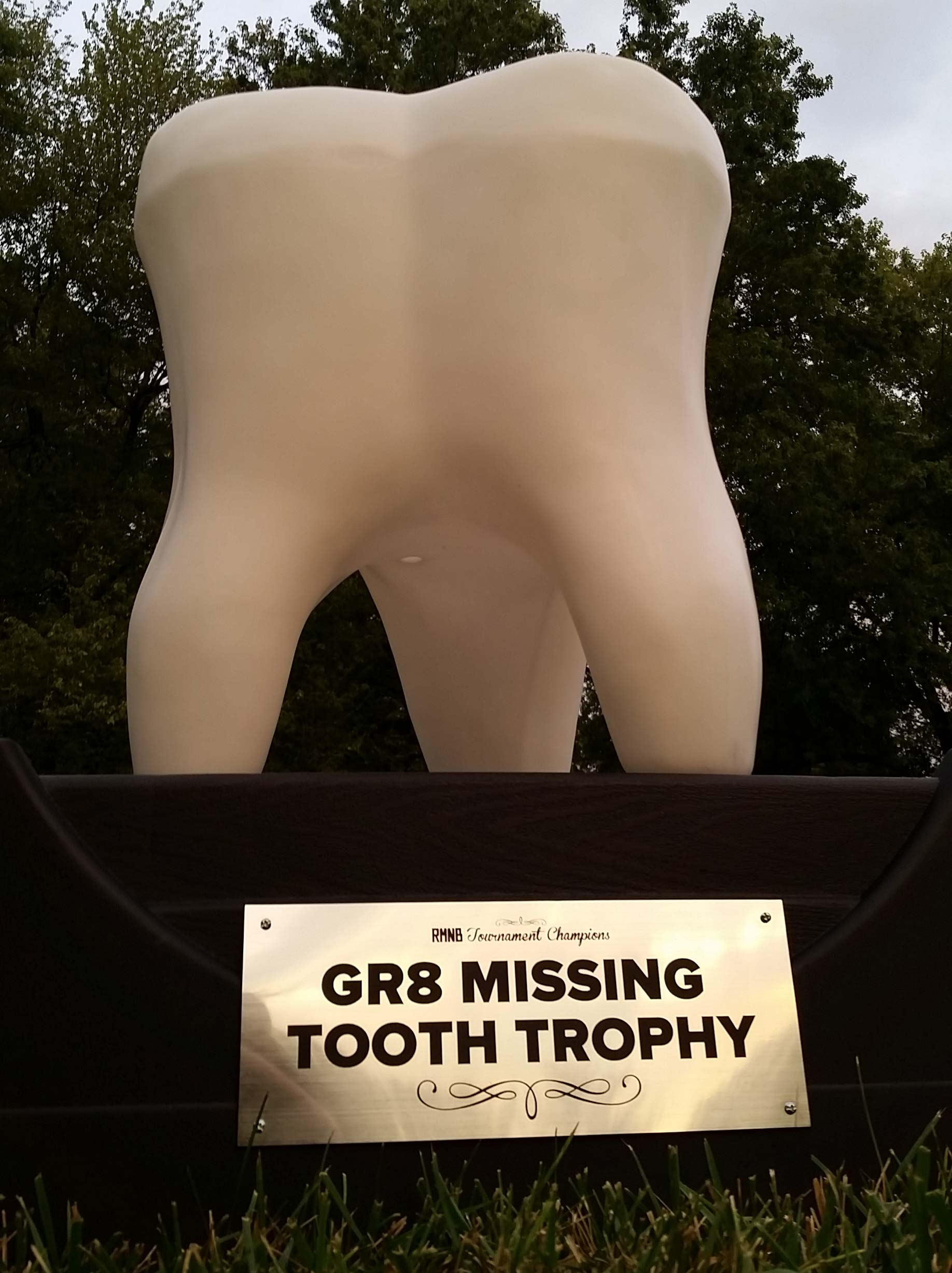 gr8-missing-tooth-trophy-imposing2