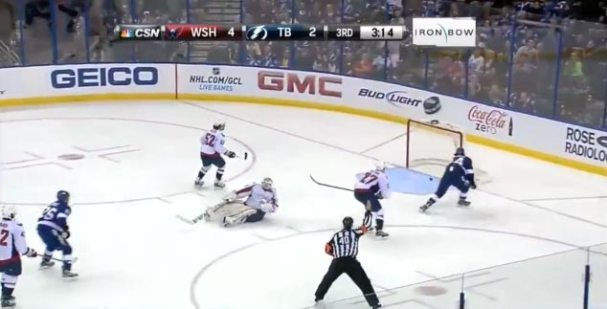 holtby-failed-pokecheck
