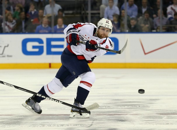 karl-alzner-re-signs-four-year-deal
