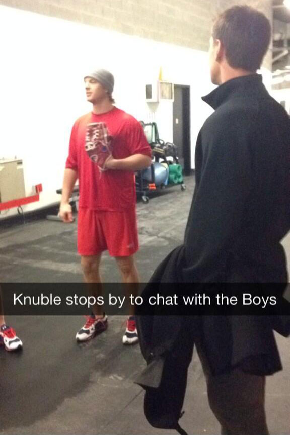 knuble-says-hi